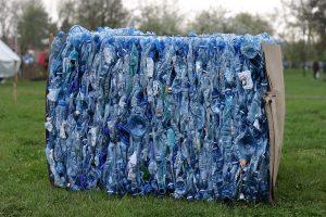 din plastic, materiale plastice